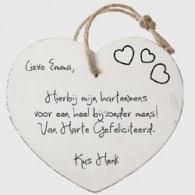 <p>Bestel in de bestelomgeving een whitewash houten hart. Voeg zelf een persoonlijke tekst toe...</p> <strong>€ 14,95</strong>