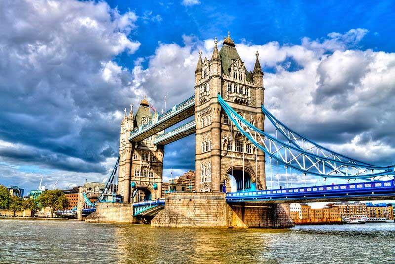 London Cruise Sarah Abraham